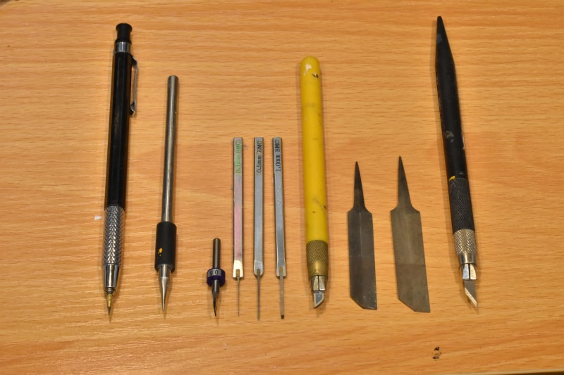 スジボリ道具