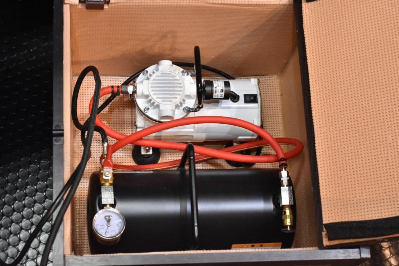 コンプレッサー 防音ボックス